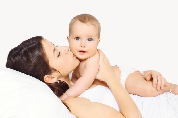 Estar com o bebê é o melhor presente (Foto: Thinkstock)