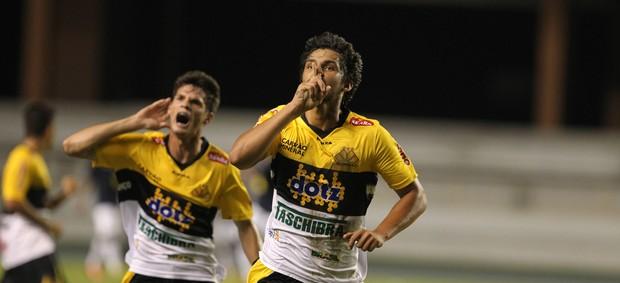 Zagueiro Fernando Criciúma Remo Copa do Brasil sub-20 (Foto: Paulo Akira/O Liberal)