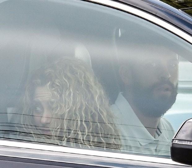 Shakira e Piqué em Barcelona (Foto: Backgrid)
