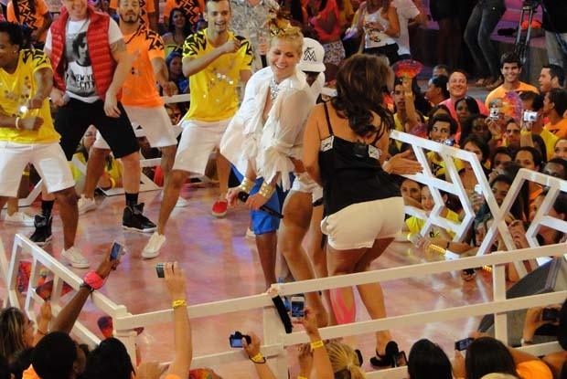 Ivete no 'trio elétrico' da Xuxa (Foto: TV Xuxa / TV Globo)