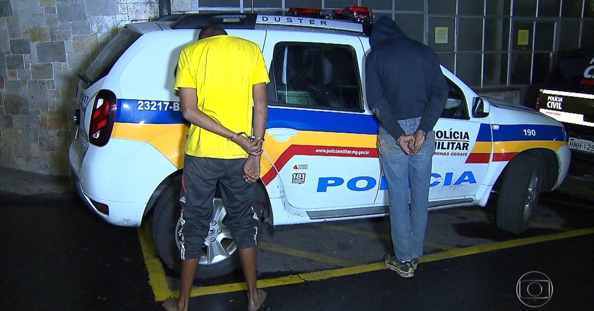 Resultado de imagem para Suspeitos de roubar carro são presos após perseguição policial em BH