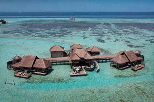 O Private Reserve é considerado o maior bangalô sobre a água do mundo; hotel tem outras 44 acomodações desse tipo (Foto: Gili Lankanfushi/Divulgação)