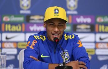 """Neymar nega sonho do pai de vê-lo no Fla, mas faz afago: """"Nação, beijo"""""""