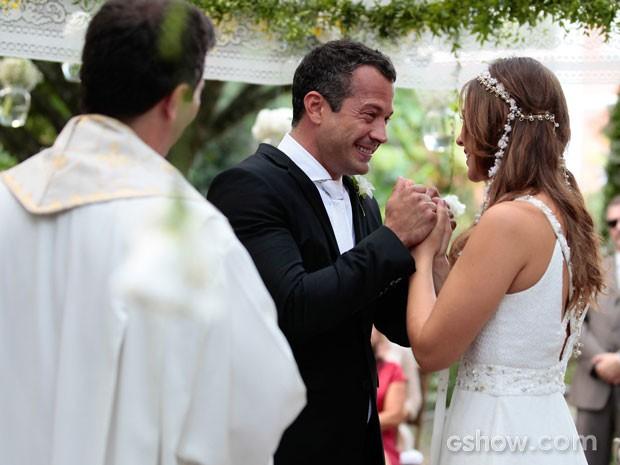 Paloma e Bruno reforçam o amor que sentem um pelo outro (Foto: Pedro Curi/TV Globo)