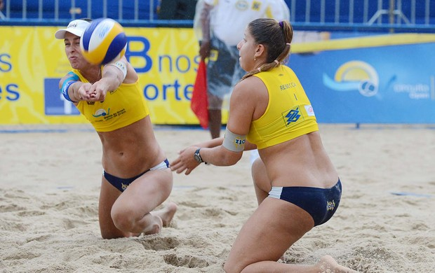 vôlei de praia Lili e Rebecca (Foto: Divulgação / CBV)