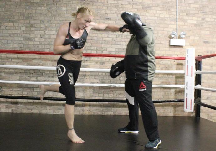 Valentina Shevchenko Treino Aberto UFC Chicago (Foto: Marcelo Barone)