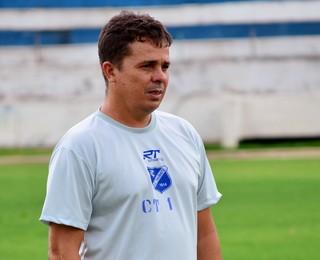 Evaristo Piza Taubaté (Foto: Danilo Sardinha/GloboEsporte.com)