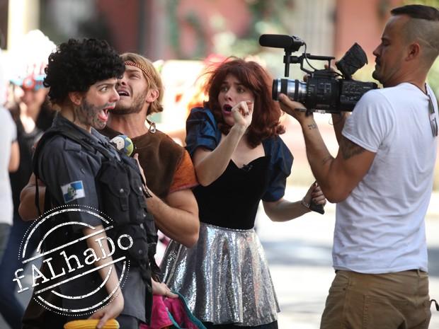 Elenco é dirigido por Paulo Vilhena, que além de atuar, também ataca de diretor (Foto: Pedro Curi / TV Globo)