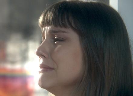 Isabela chora por gostar de Tiago