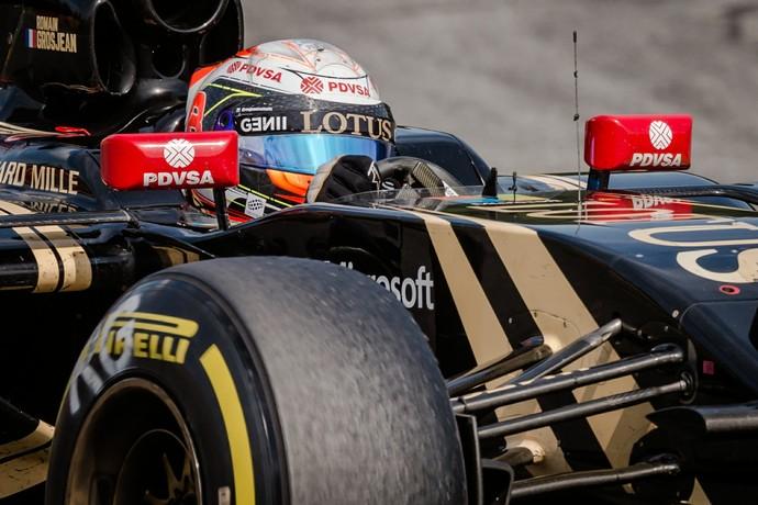 Romain Grosjean em ação no GP da Bélgica (Foto: AP)