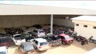Carros apreendidos em Linhares ficam sucateados