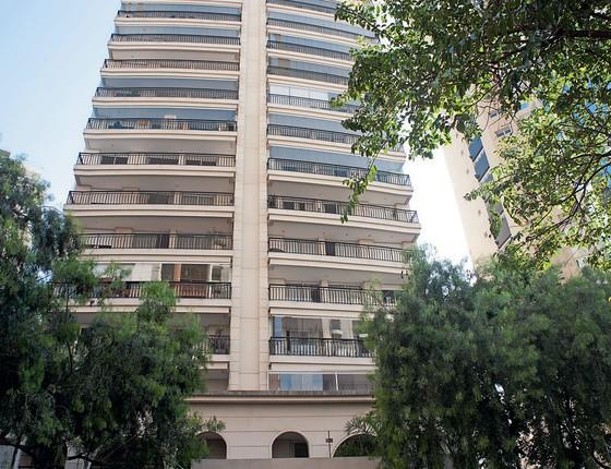 Condomínio para onde Gegê do Mangue teria  ido (Foto: Emiliano Capozoli/ÉPOCA)