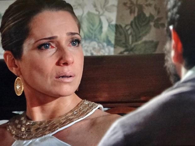 Antonia coloca um ponto final do casamento com Celso (Foto: Salve Jorge / TV Globo)