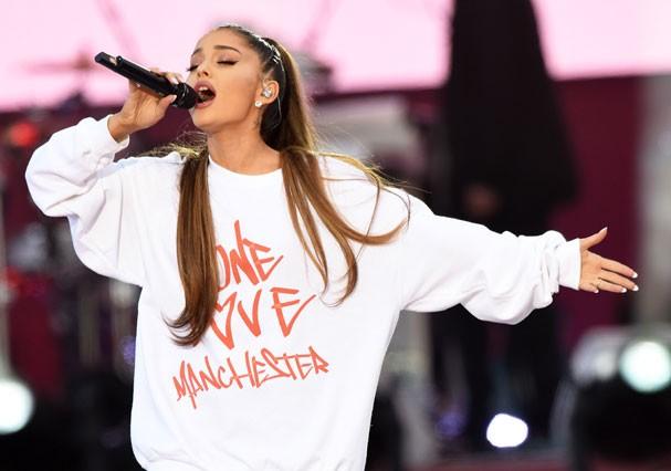 Ariana Grande em show beneficente em Manchester (Foto: Getty Images)