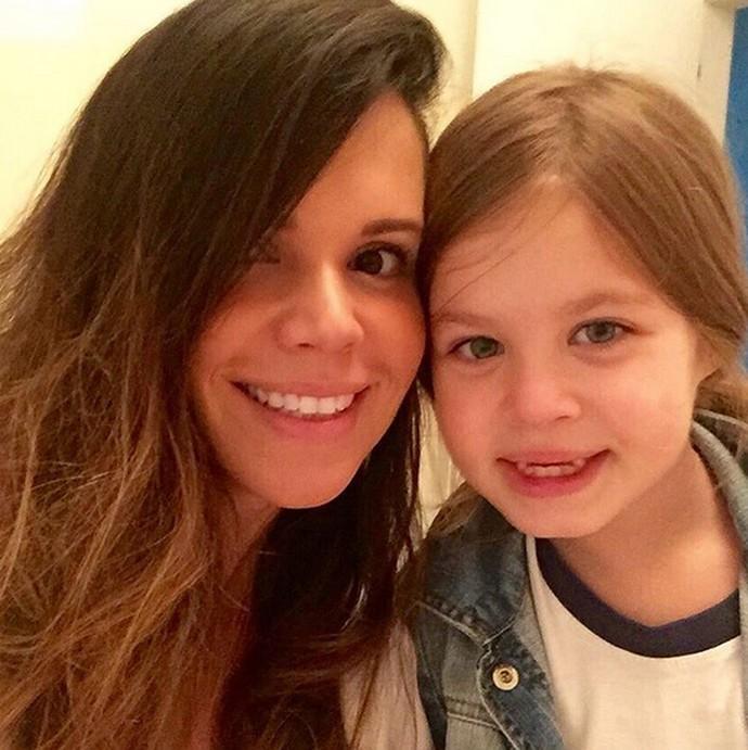 Viviane Victorette sobre a filha Julia: 'Temos uma ligação muito forte' (Foto: Arquivo Pessoal)