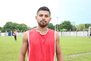 Volante Marajó deve entrar jogando contra o Rio Branco neste domingo (5) (Foto: Edson Reis/ GloboEsporte.com)