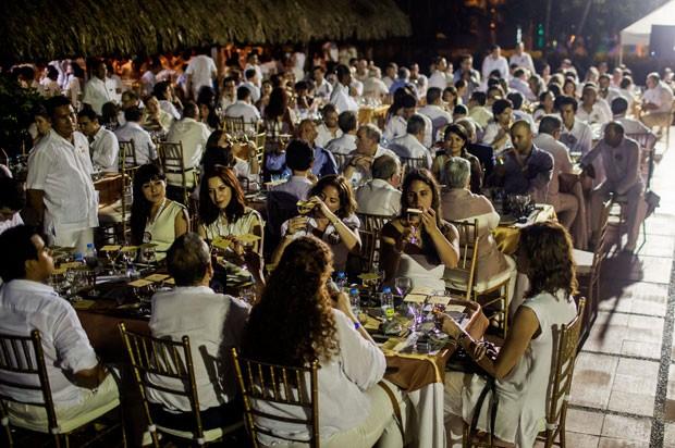 Degustação de runs envelhecidos colombianos aconteceu no Hotel Caribe (Foto: Joaquin Sarmiento/AFP)