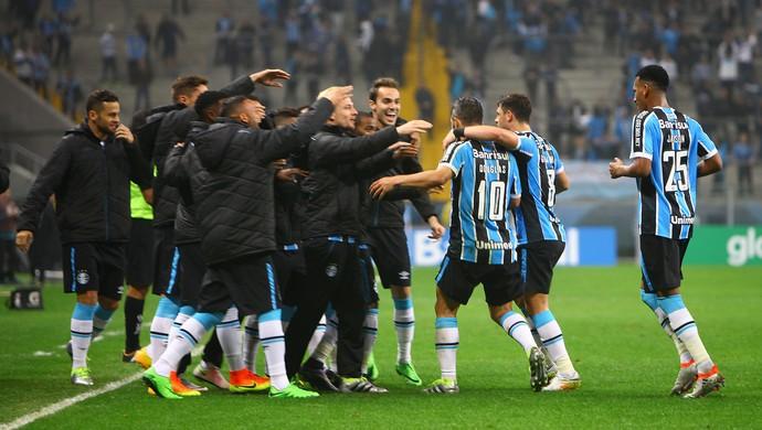 Grêmio marca contra o Santos na Arena (Foto: Lucas Uebel / Grêmio, DVG)