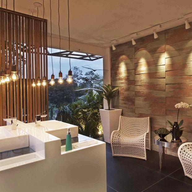 Banheiros elegantes para se inspirar casa vogue ambientes for Lavabos para restaurantes
