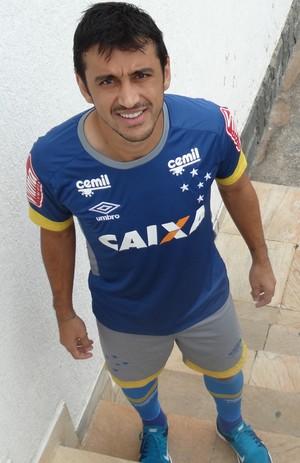 Robinho encabeça reuniu como os jogadores do Cruzeiro (Foto: Maurício Paulucci)