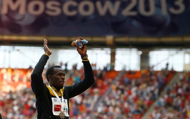 usain bolt medalha mundial de atletismo (Foto: Agência Reuters)