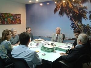 Reunião discutiu reforma do IML de Maceió (Foto: Carolina Sanches/ G1)