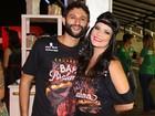Samara Felippo curte Carnaval com o namorado em São Paulo
