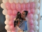 Eliana Amaral mostra festinha de 2 anos de sua cachorrinha, Channel