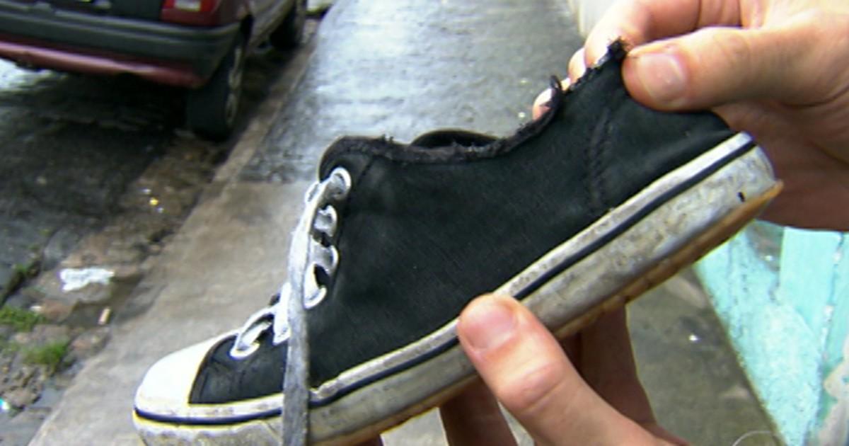 5f09bcd12e8 G1 - Relatório diz que empresa fez tênis de má qualidade para alunos em SP  - notícias em São Paulo