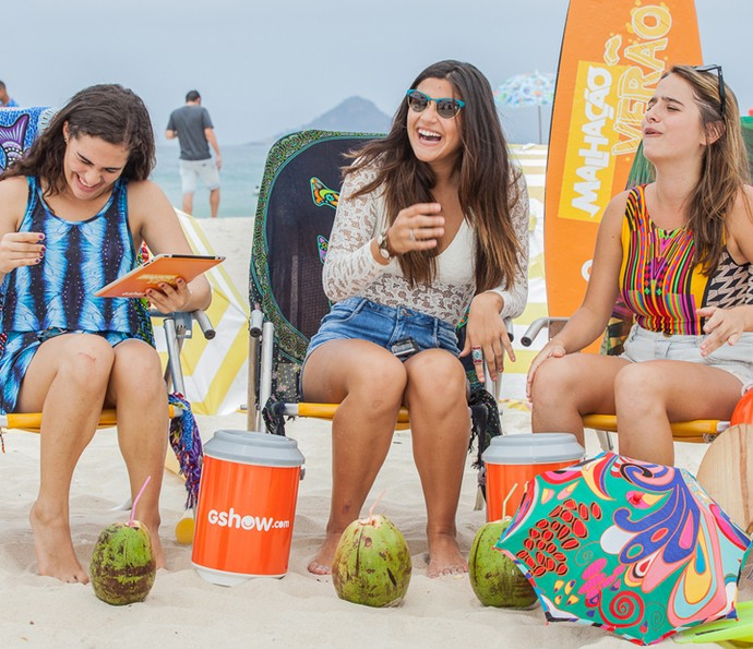 Do que será que elas estão rindo?! (Foto: Artur Meninea/Gshow)