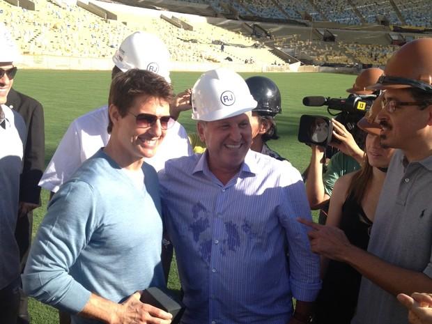 O astro Tom Cruise encontra Zico durante visita às obras do Maracanã (Foto: Herbert Charles/Arquivo Pessoal)