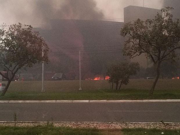 Fogo no CAB (Foto: Vanda Célia/Arquivo Pessoal)