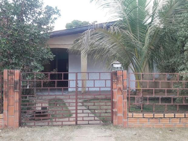 Casa onde aconteceu o crime em Vilhena (Foto: Eliseu Vieira/ Folha do Sul)