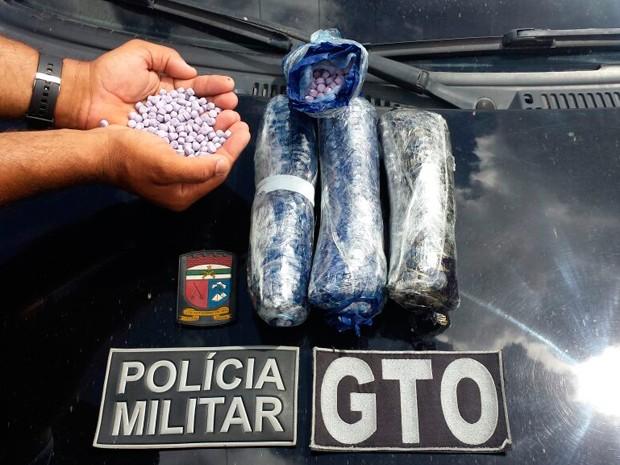 Polícia Militar apreendeu oito mil comprimidos no litoral Sul do RN (Foto: Divulgação/Polícia Militar do RN)