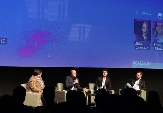 Da esquerda para direita: o investidor Marco Poli, Luca Cavalcanti, diretor digital do Bradesco, Enrique Fragata, superintendente de tecnologia no Itaú e Jochen Mielke, diretor na BG. Os executivos participaram do CASE (Foto: Vitória Batistoti)