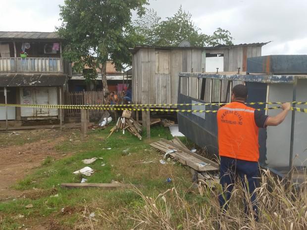 Segundo a Defesa Civil, mais de 200 residências estão em áreas de risco no Triângulo (Foto: Toni Francis/G1)