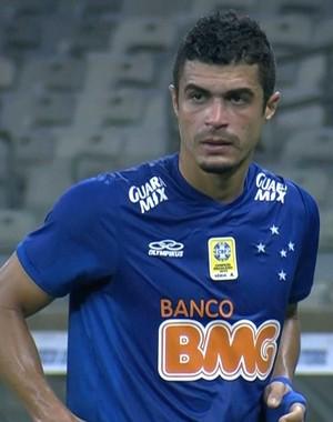 Egídio, lateral-esquerdo do Cruzeiro (Foto: Reprodução / Sportv)