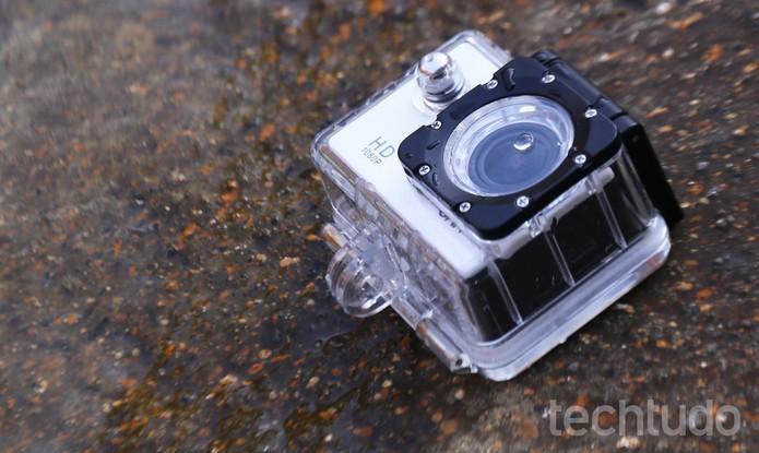 Câmera de ação ONN, do Walmart (Foto: Luciana Maline/TechTudo)