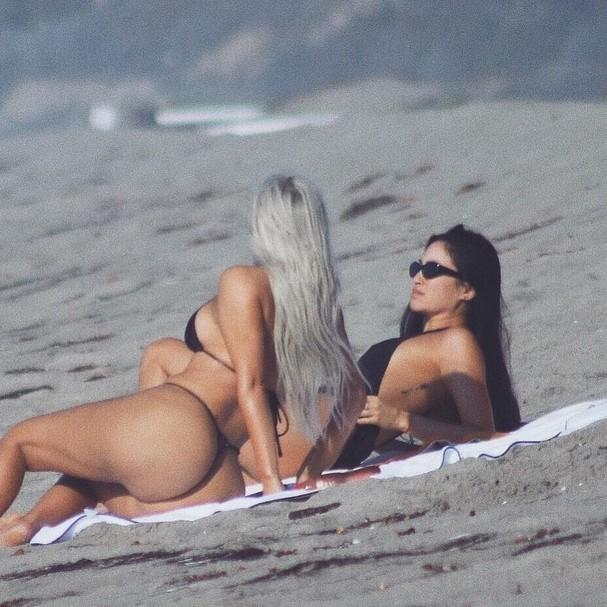 Kim Kardashiane  Stephanie Sheperd (Foto: Instagram/Reprodução)