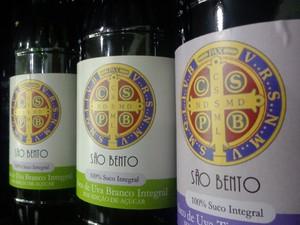 Suco de uva, produzido pelos monges do mosteiro de São Bento, em Vinhedo (SP). (Foto: Matheus Filippi/G1)
