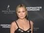 Kate Hudson arrasa com vestido transparente em première no Canadá