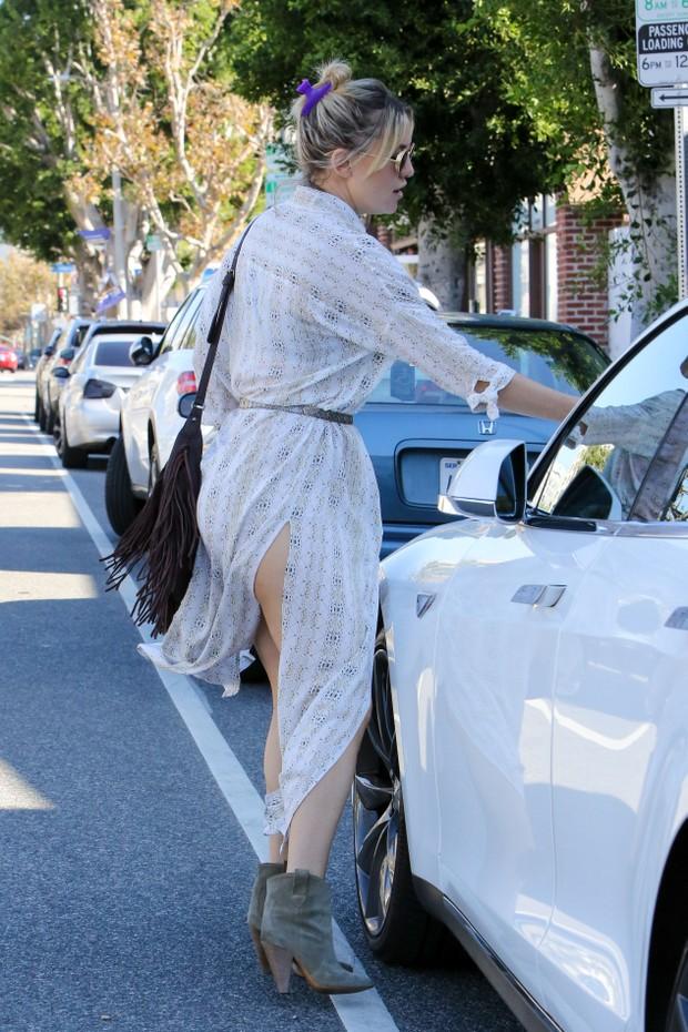 X17 - Kate Hudson em Los Angeles, nos Estados Unidos (Foto: X17online/ Agência)