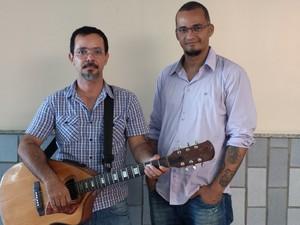 Banda 'Mal de Dois' vai se apresentar neste sábado em Petrolina, PE. (Foto: João Barbosa/ TV Grande Rio)