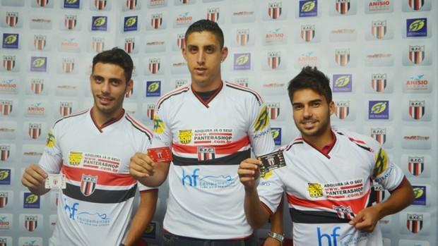 Dimba, Caldeira e Crystian são apresentados pelo Botafogo-SP (Foto: Rafael Martinez / Botafogo FC)