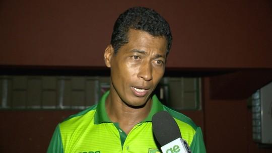 Após 2ª goleada seguida, Eleomar Pereira ainda confia na vaga nas semis