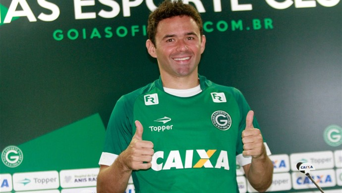 Juan, meia do Goiás (Foto: Rosiron Rodrigues/Goiás E.C.)