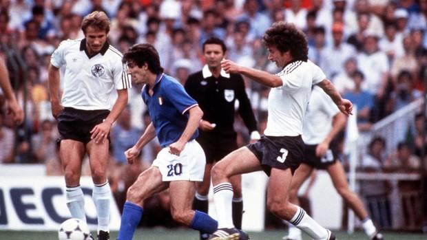 paolo rossi itália breitner alemanha copa do mundo 1982 (Foto: Agência Getty Images)