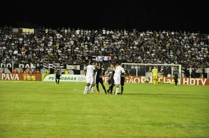 Estádio Passo das Emas arquibancadas móveis (Foto: Robson Boamorte)