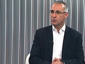 Jorge Pozzobom (PSDB) concedeu entrevista ao Jornal do Almoço (Foto: Reprodução/RBS TV)