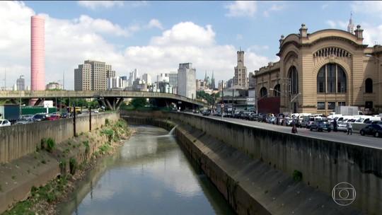 Rio Tamanduateí perde curvas com canalização ao longo dos anos; veja mapas